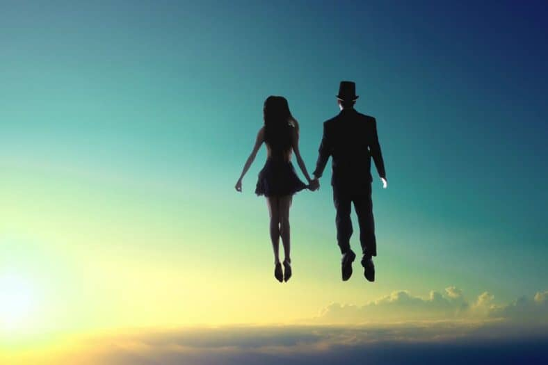 couple dreams about flying